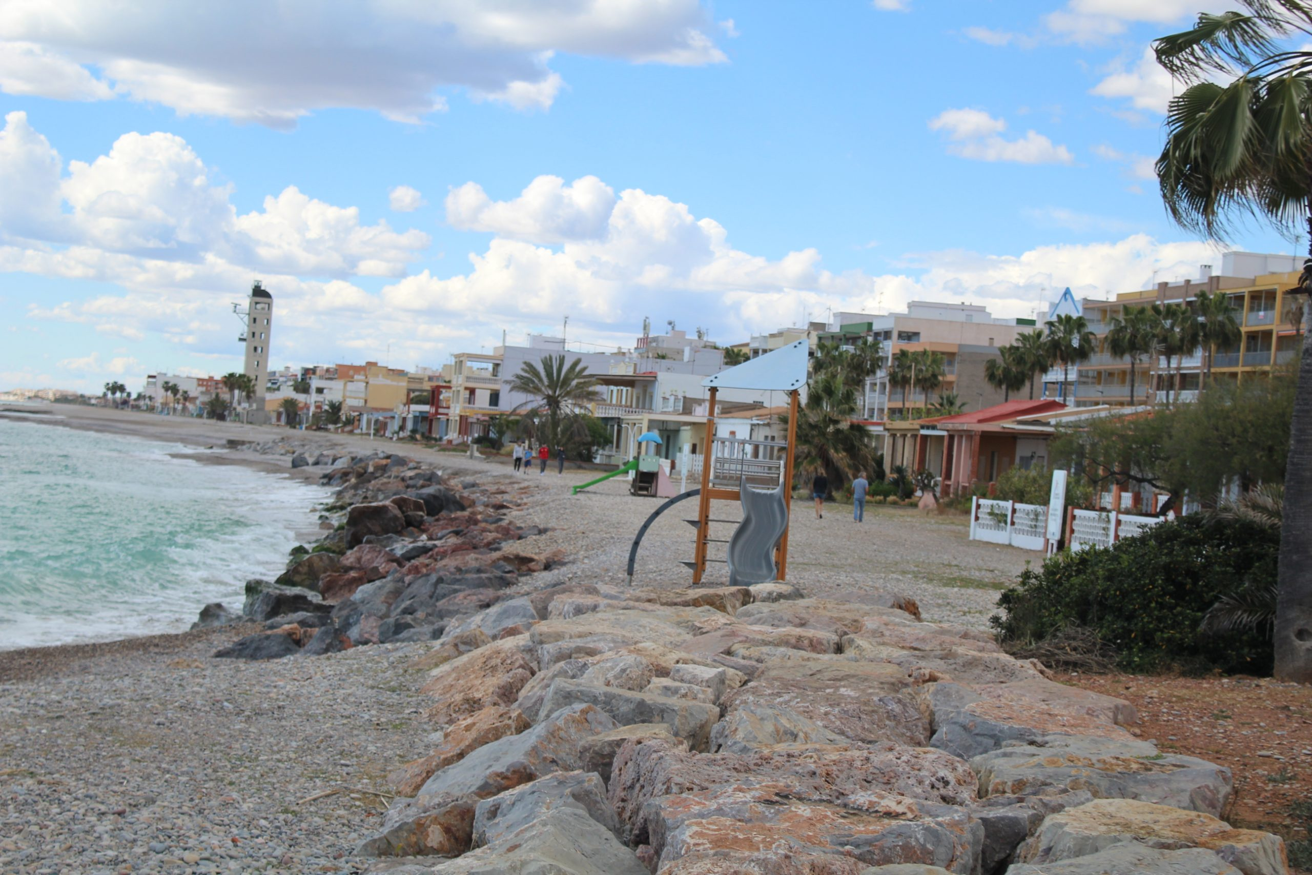 Nules quiere dotar a sus playas de un nuevo kiosco