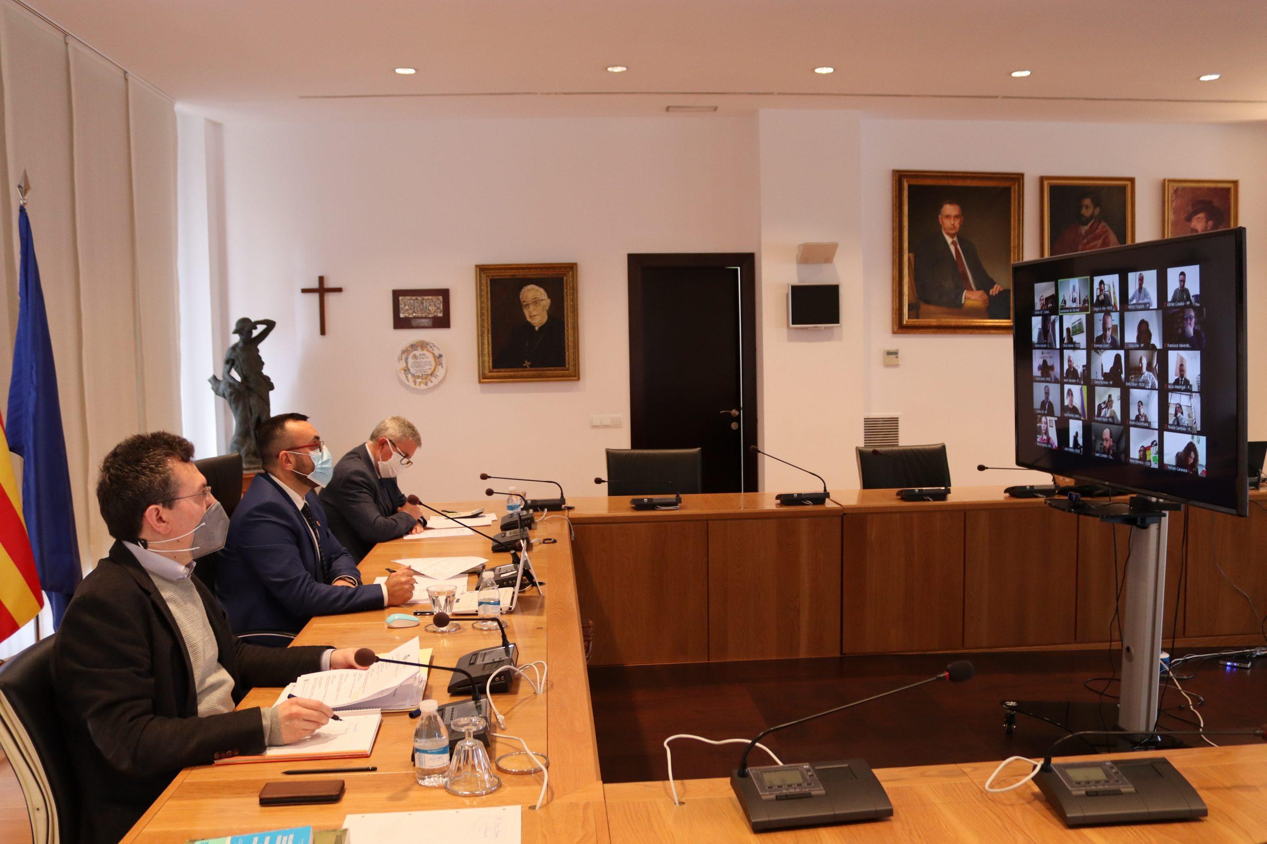 El Pleno de Vila-real aprueba por unanimidad la solicitud de ayudas al Ivace para la modernización de tres nuevas áreas industriales