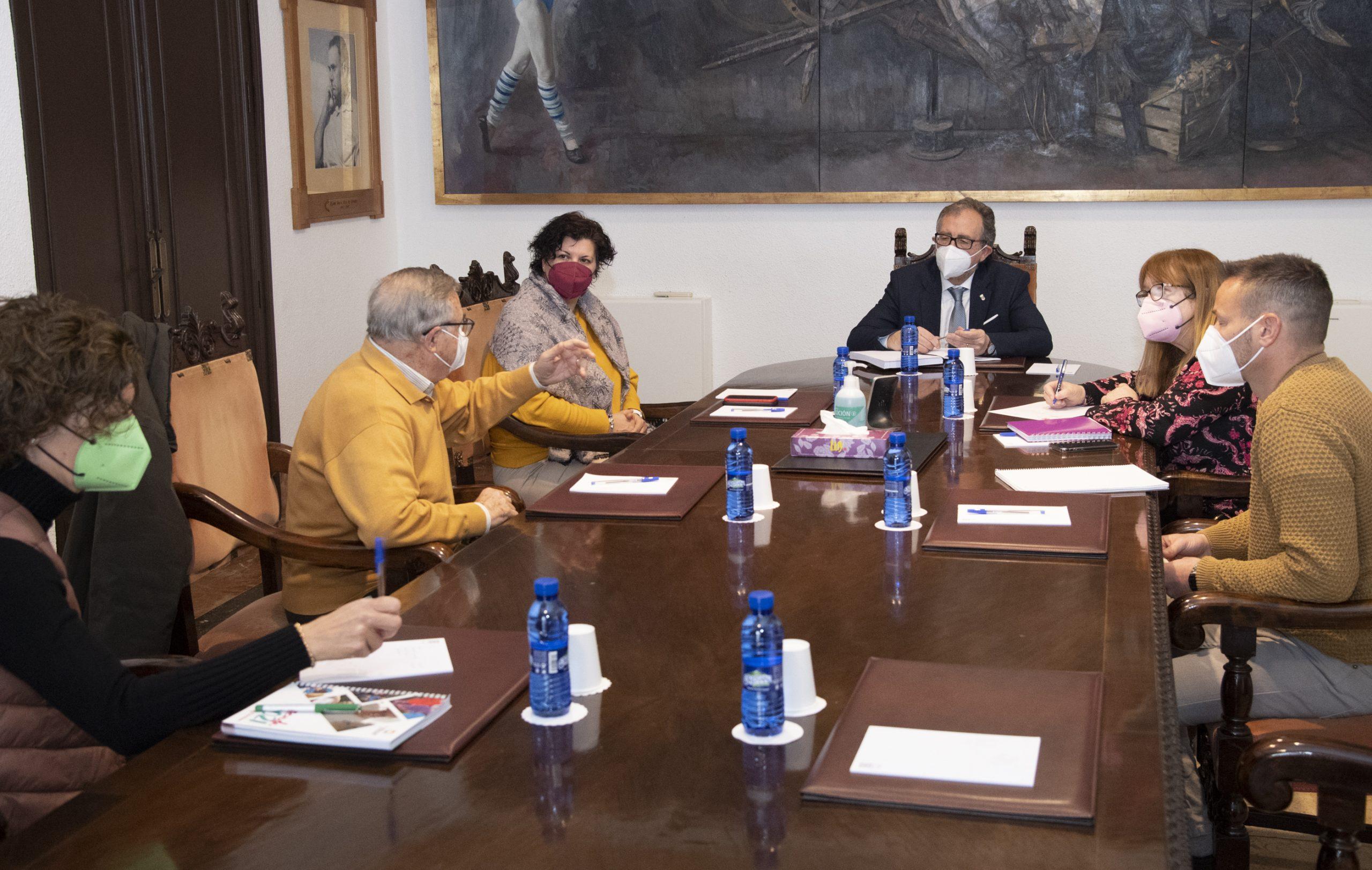 La Diputación de Castellón aportará a Cáritas 200.000 euros para dar cobertura a las necesidades básicas de personas en situación de sin hogar