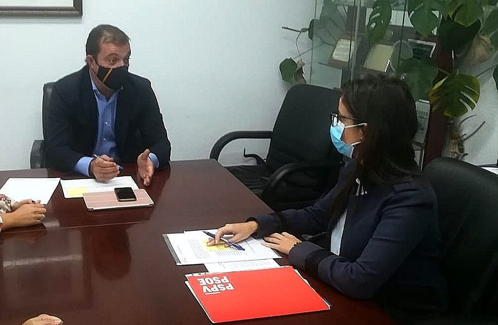 Esbrí (PSPV-PSOE) pide al equipo de gobierno del PP en Peñíscola la creación de una comisión de seguimiento de contratos
