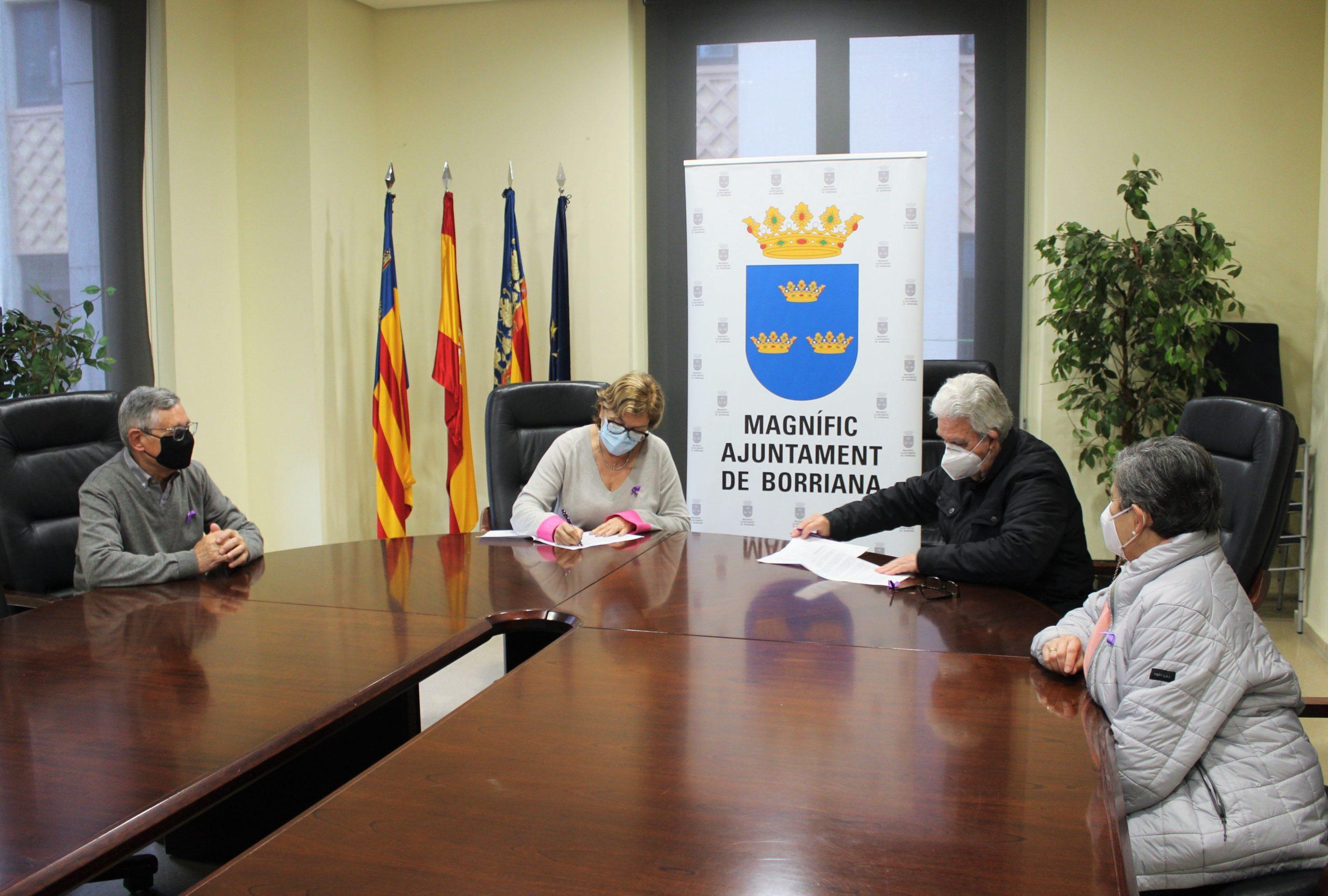 El Ayuntamiento renueva los convenios con las asociaciones de Gente mayor de Burriana