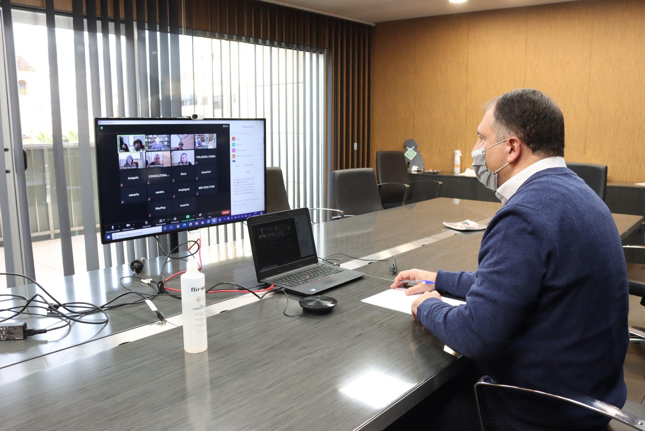 Onda informa a las gestorías sobre la tramitación de las cuatro líneas de ayudas municipales para empresas y autónomos