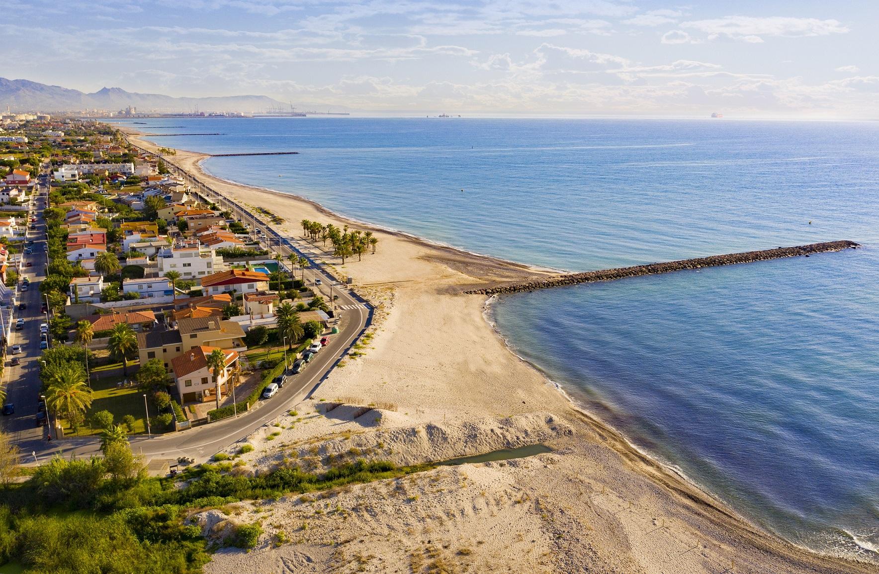 La primera ordenanza de las playas de Almassora conjugará ocio y conservación natural