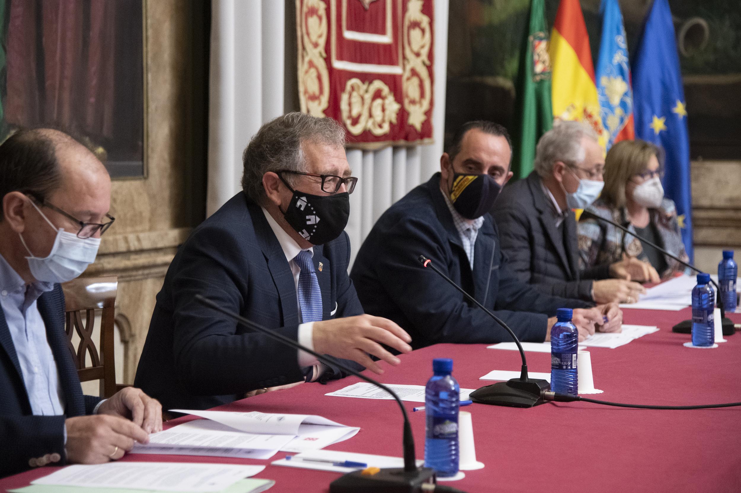 El Consorcio de Bomberos renueva sus acuerdos con Emergencias de la Generalitat para mejorar el servicio de extinción y prevención de incendios