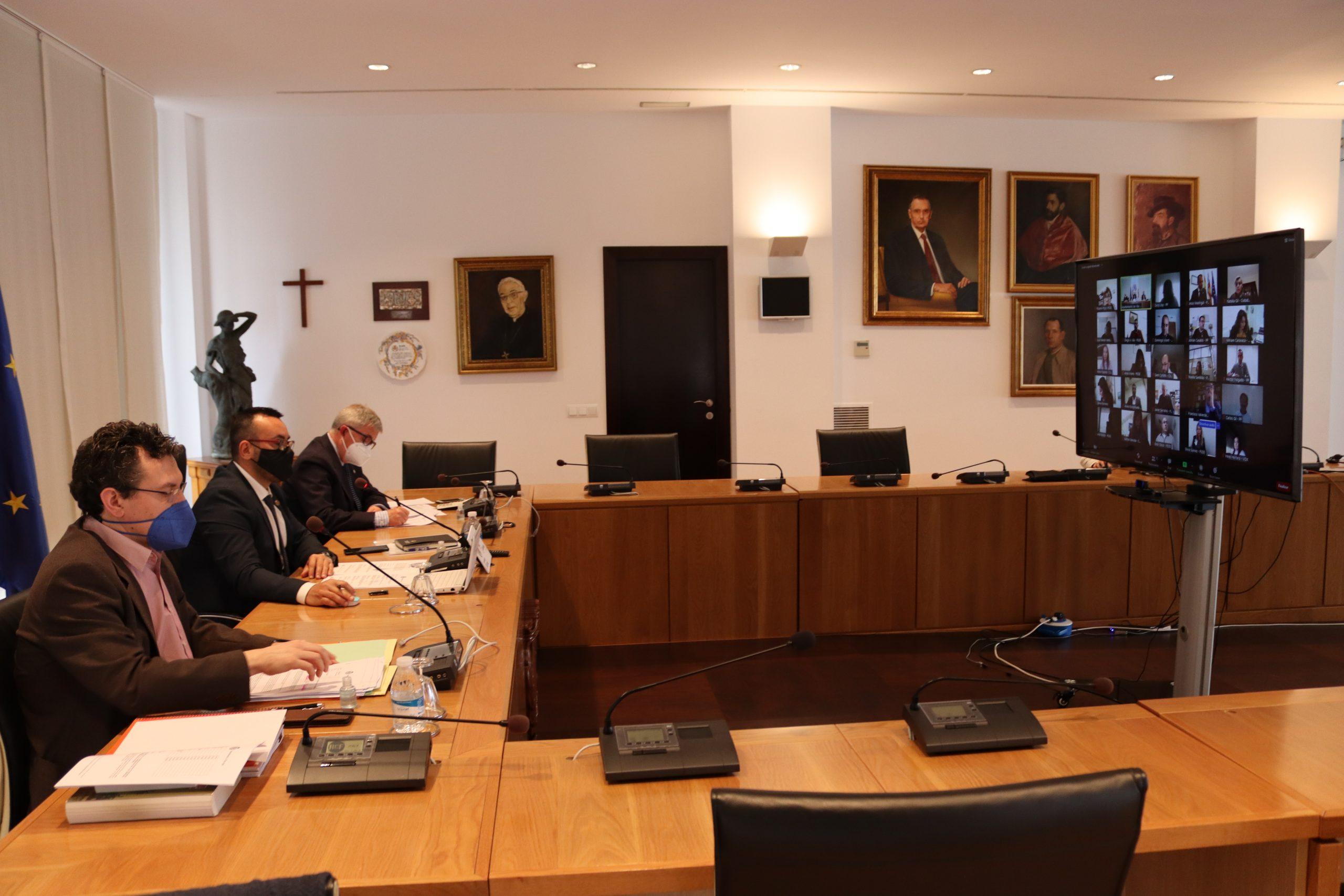 El Pleno de Vila-real avala por unanimidad la bonificación del 95% del IBI de 187 establecimientos con un impacto de 215.000 euros
