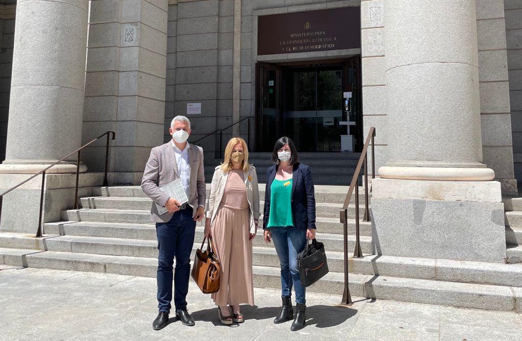 Renau, Edo y Martí (PSPV-PSOE) recogen el compromiso de Costas de abrir la vía del diálogo en el expediente de las casetas de Torre la Sal