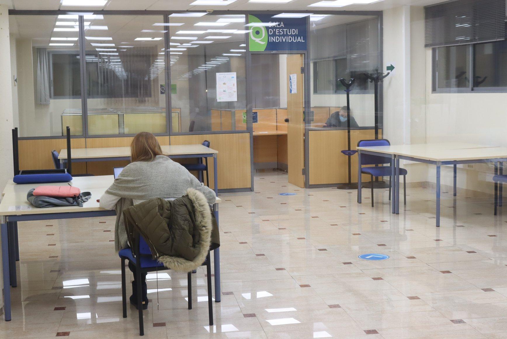 Onda facilita el estudio con la ampliación del horario de la Biblioteca y una nueva sala adaptada