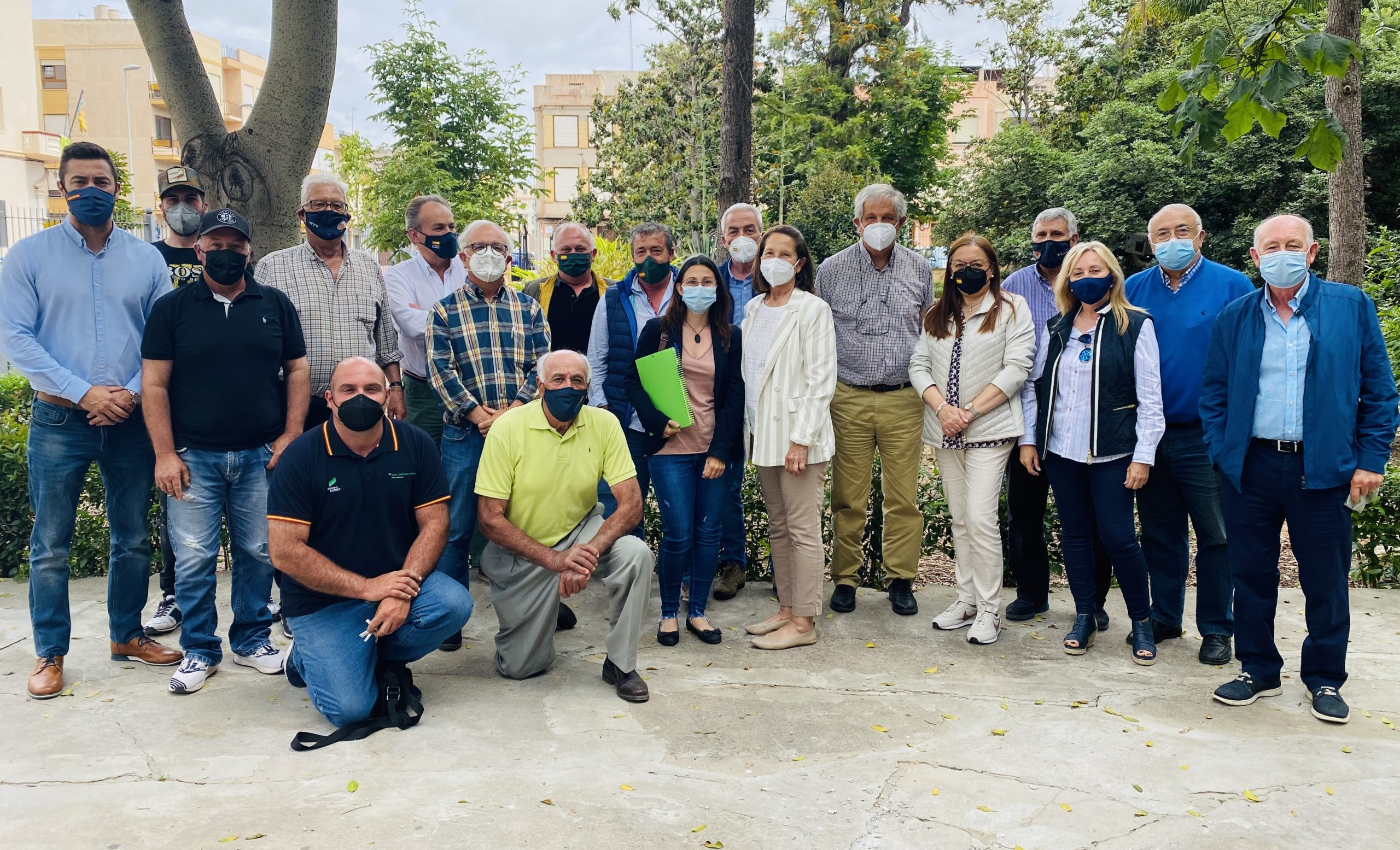 La eurodiputada Mazaly Aguilar (VOX) muestra su apoyo a los citricultores de Nules y Villarreal tras visitar Castellón