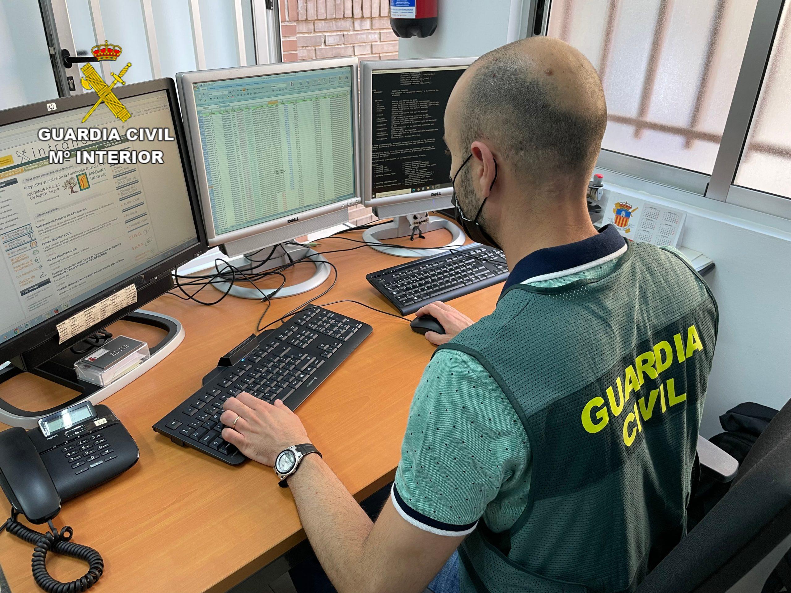 La Guardia Civil de Castellón desmantela una organización criminal especializada en estafas y blanqueo de capitales en el Alto Palancia y la Vega Baja