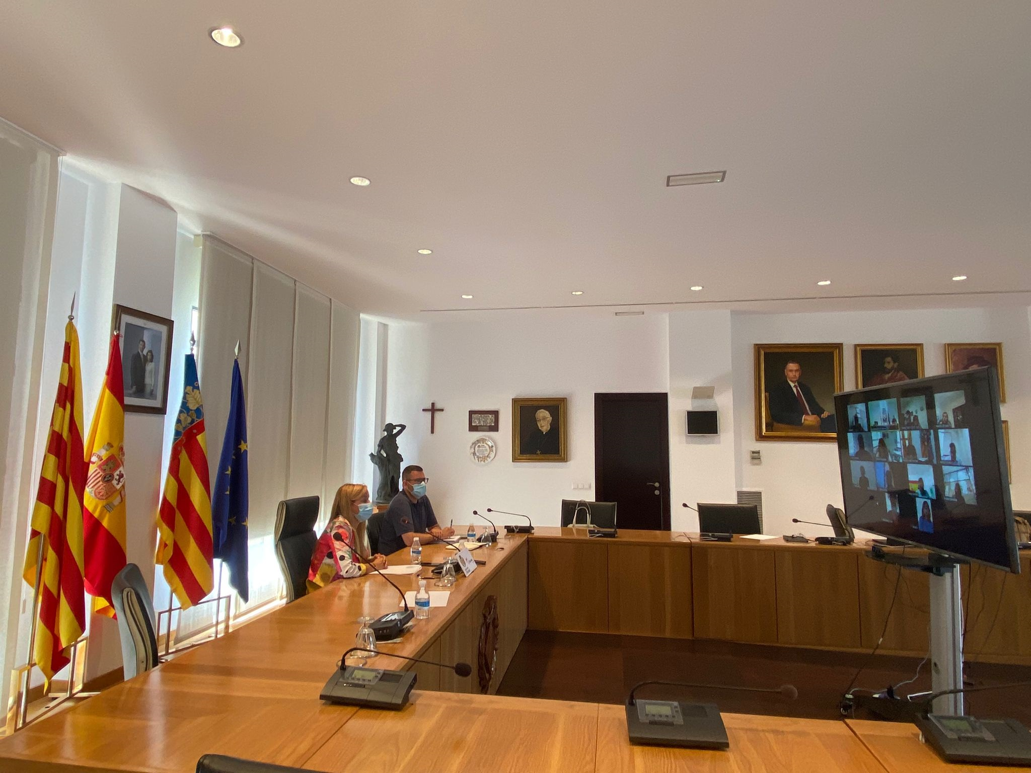 Los negocios de Vila-real de 20 sectores económicos optan a 550.000 euros de ayudas en el segundo Plan Resistir