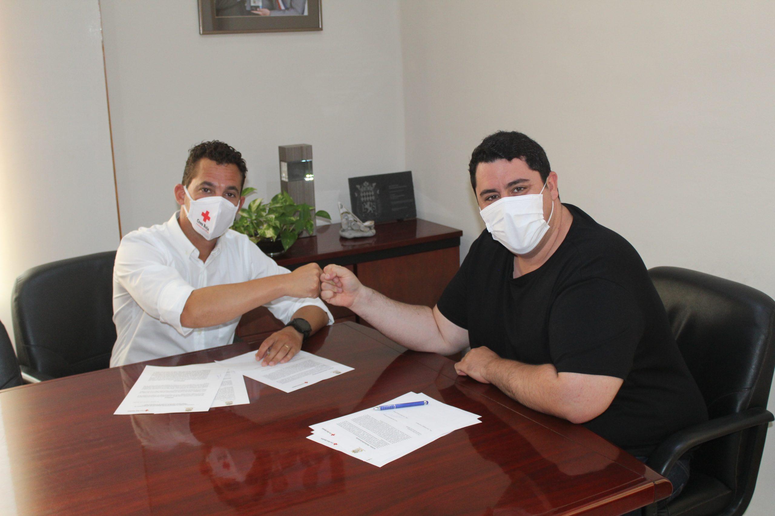 Nules y Cruz Roja firman un convenio para la prestación de servicios de emergencia