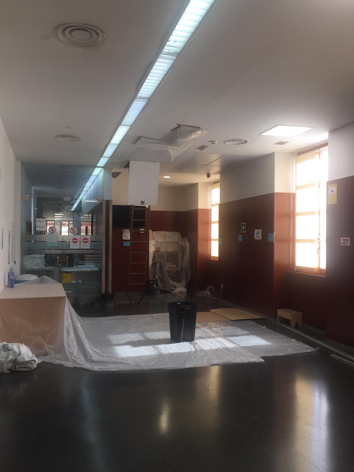 El PPCS exige la «reparación de goteras que inutilizan la sala de tratamientos de oncología del Hospital Provincial»