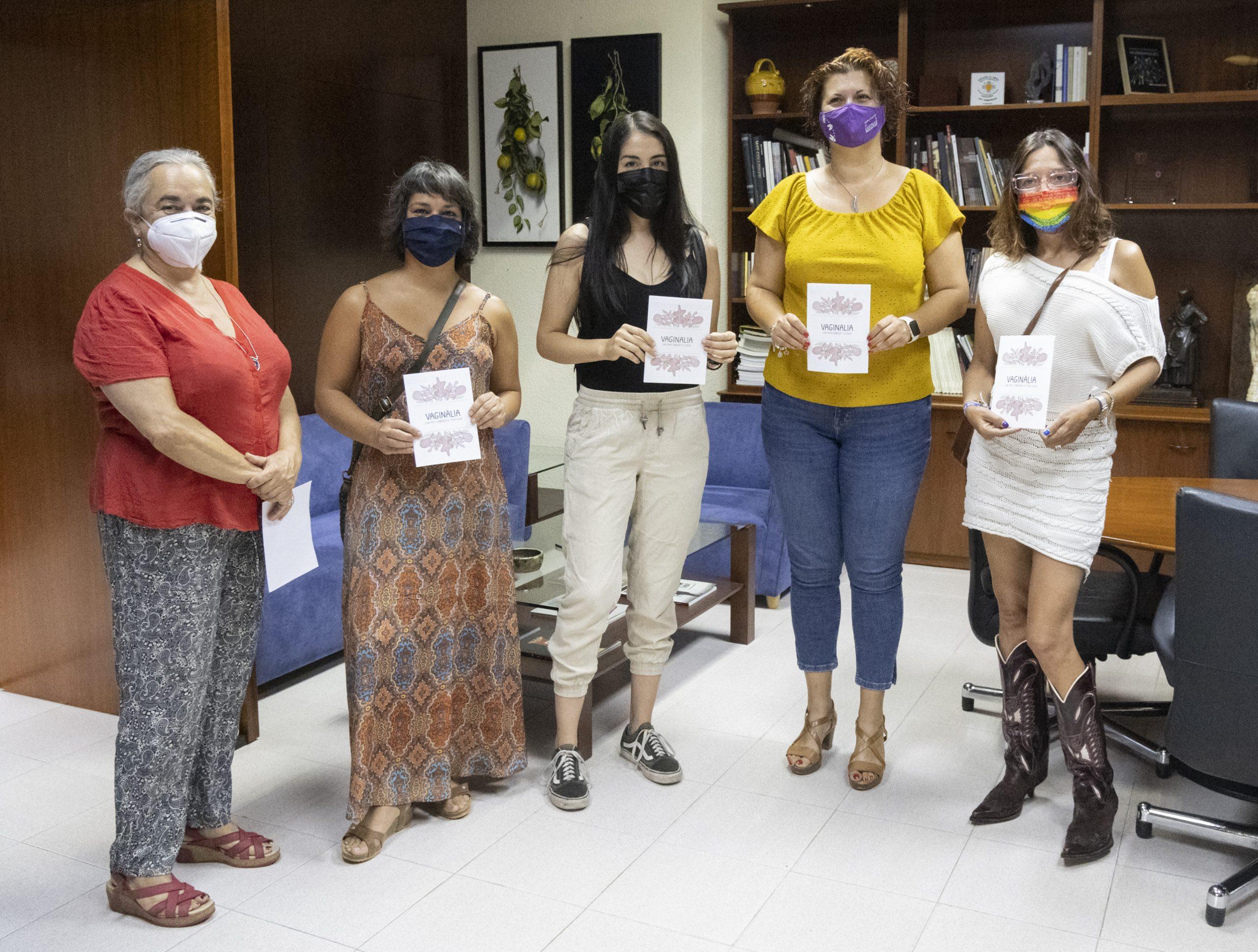 La Diputación de Castellón edita 'Vaginalia', una guía de Castelló LGTBI para ayudar a las jóvenes al mejor conocimiento de los genitales femeninos