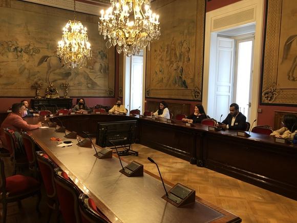 Compromís pide al Gobierno la ratificación del Convenio 189 de la OIT y la Recomendación 201 para mejorar las condiciones de las trabajadoras del hogar