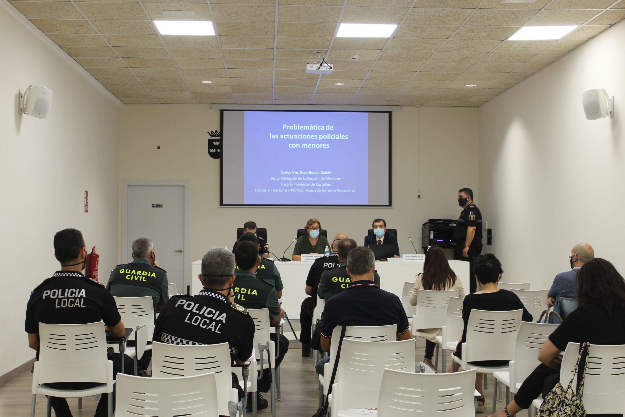 Una ponencia del fiscal delegado de Menores de Castellón, sobre actuaciones policiales con menores, inaugura el nuevo Centro de Formación de la Policía Local de Burriana