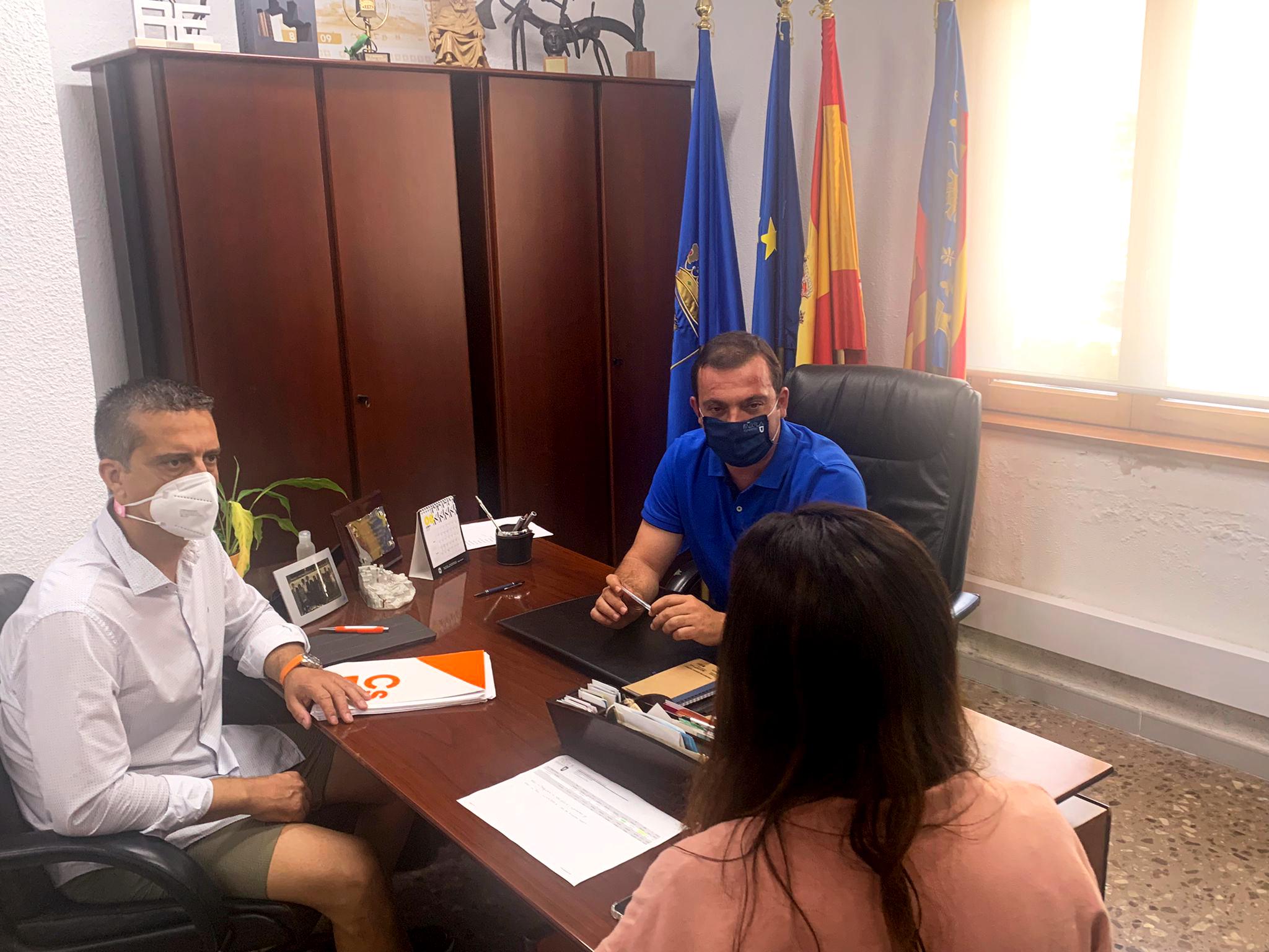 Ciudadanos pacta las bases de las ayudas del Plan Resistir II en Peñíscola