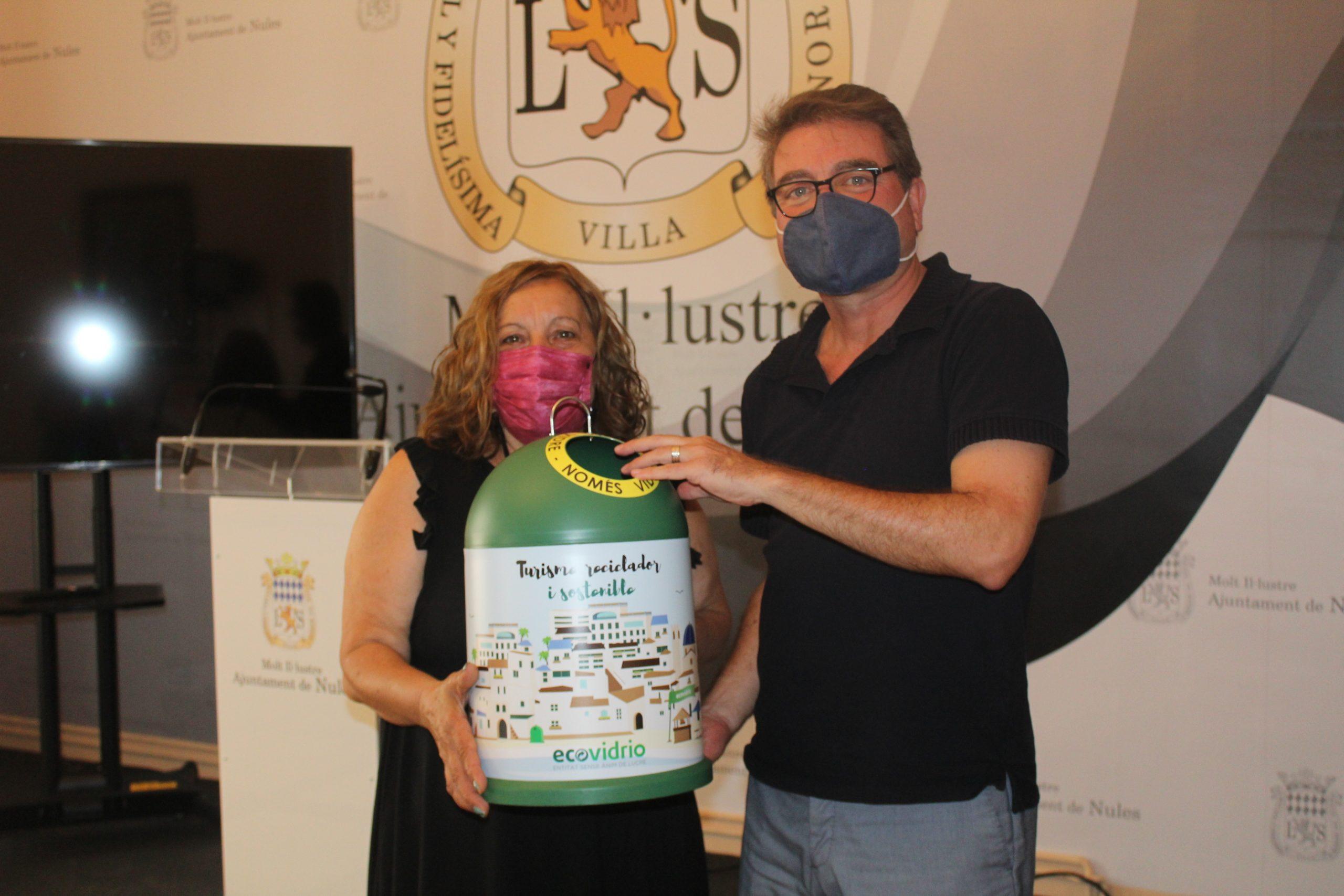 Nules sigue con la campaña para conseguir la bandera verde en reciclaje de vidrio