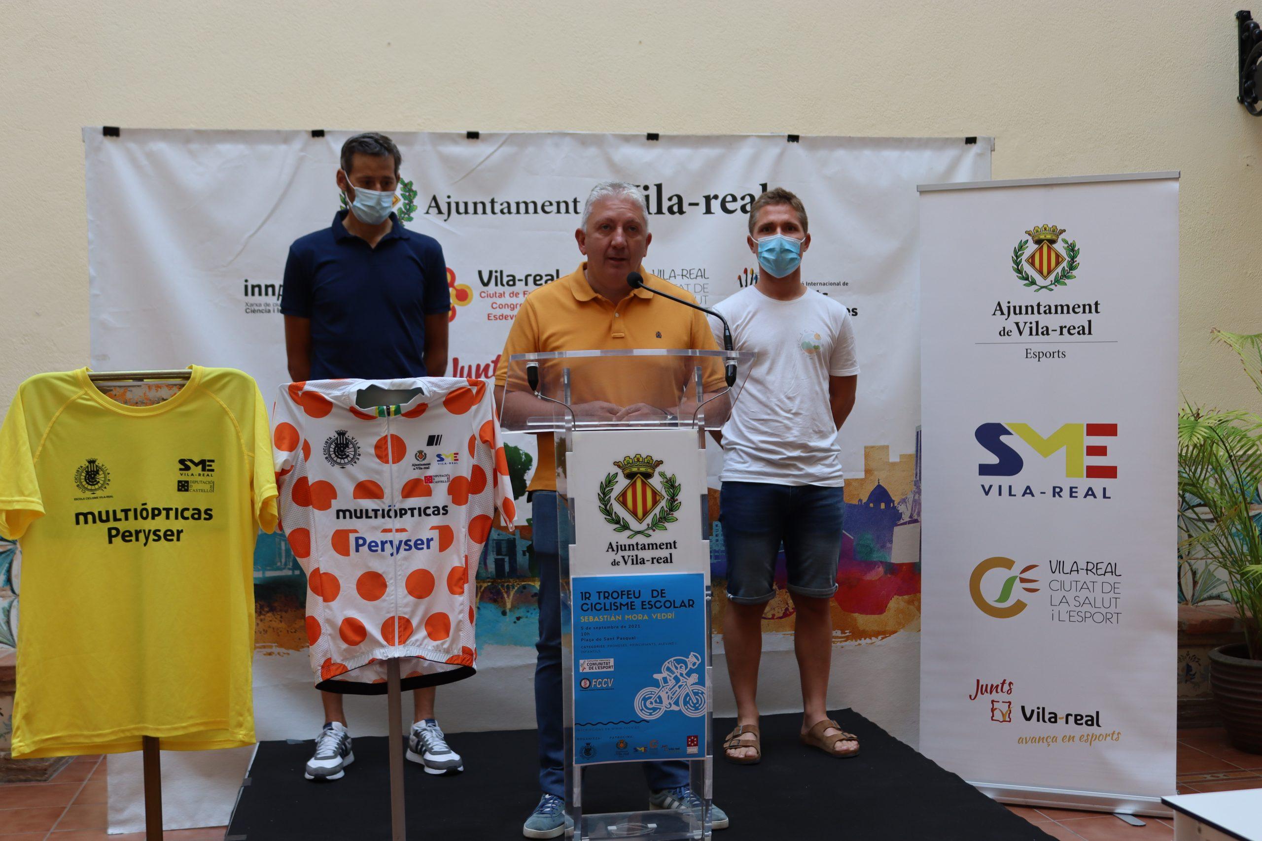 Vila-real apuesta por la formación de la cantera ciclista con el primer trofeo escolar Sebastián Mora Vedrí