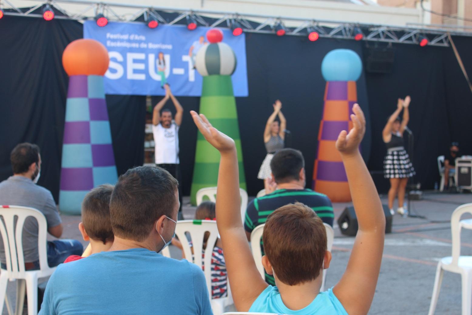 El festival de artes escénicas 'Seu-te' vuelve por segundo año a las calles de Borriana con espectáculos familiares