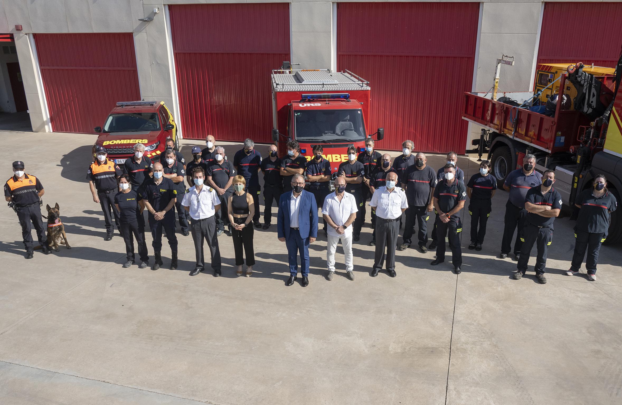 José Martí pone en valor que este verano los bomberos de la Diputación han rescatado a 34 personas en situación de grave riesgo vital