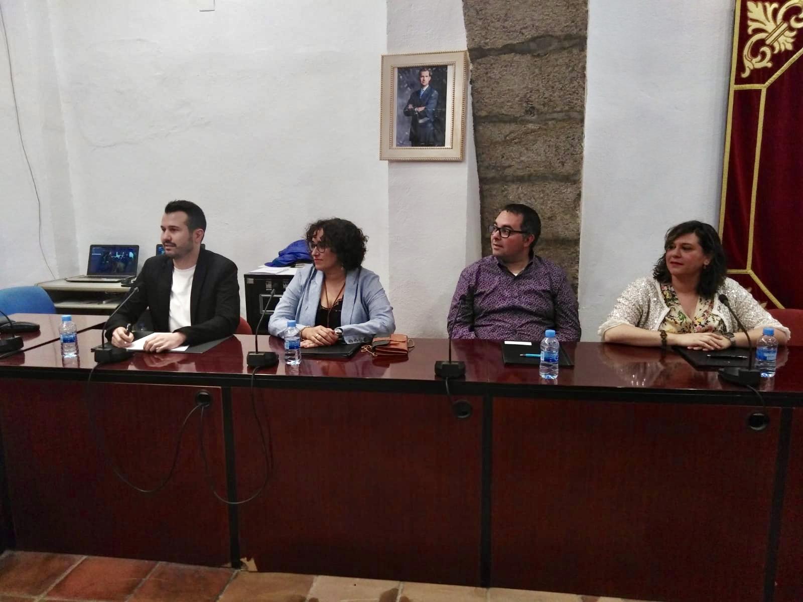Ronchera (PSPV-PSOE) celebra la implementación de los bonos para el material escolar aunque ve «insuficiente la cuantía»