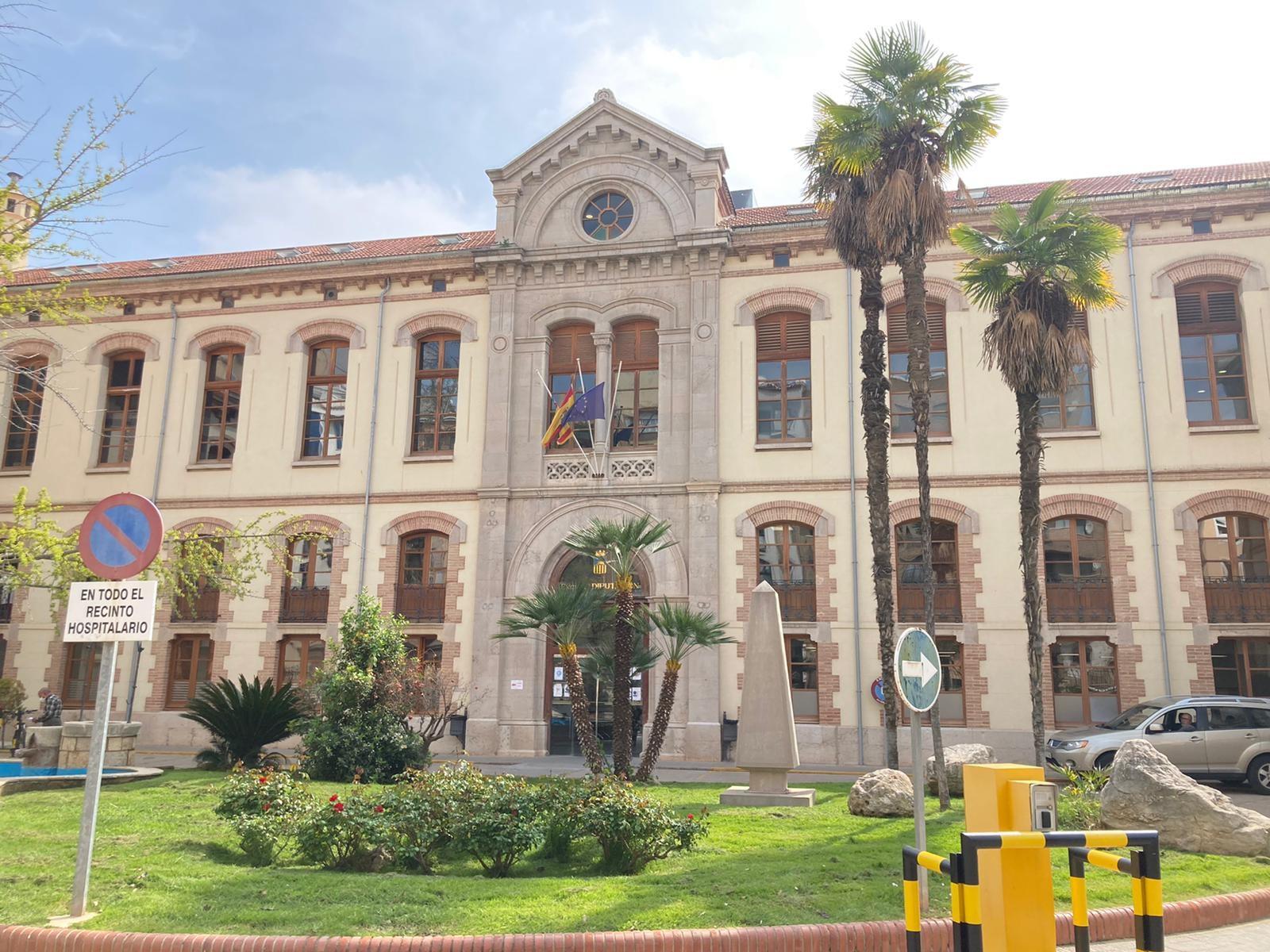 CSIF denuncia que la espera para una colonoscopia ordinaria es de dos años en el Hospital Provincial por falta de medios