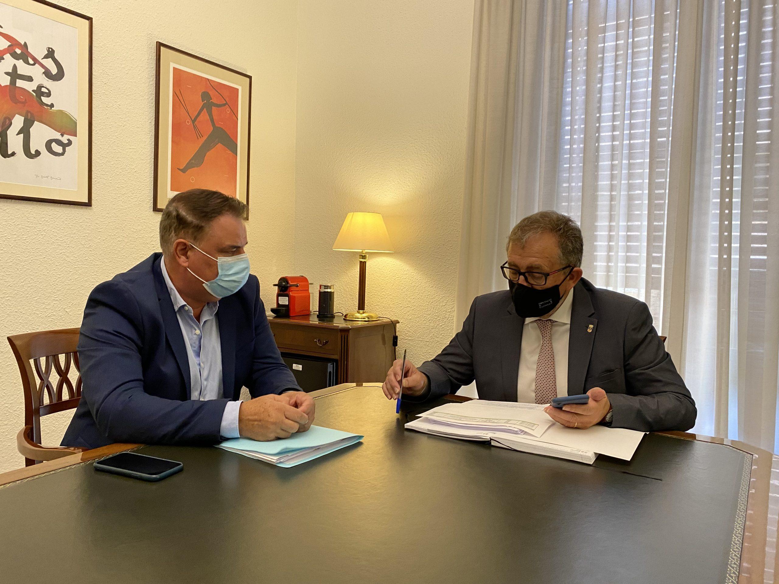 José Martí reitera el apoyo a pueblos pequeños como La Llosa, donde la Diputación ha duplicado este año la inversión respecto a 2019