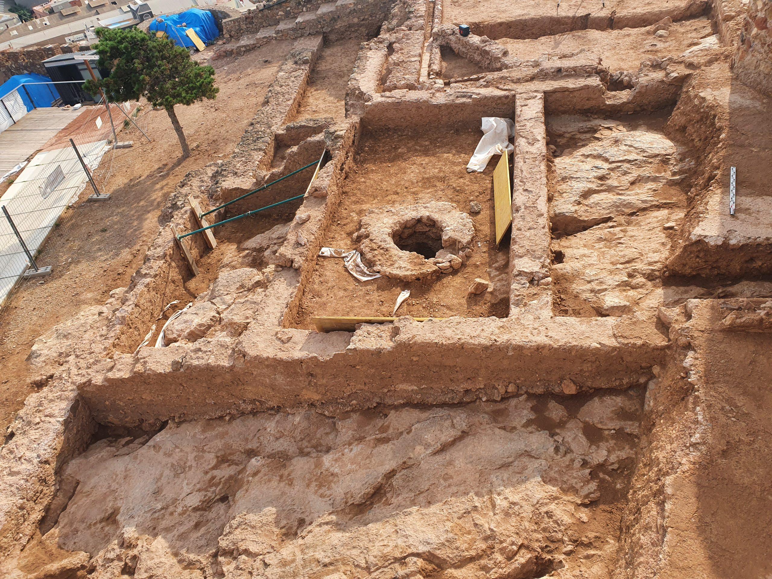 Descubren un patio andalusí en las investigaciones arqueológicas del Castillo de Onda