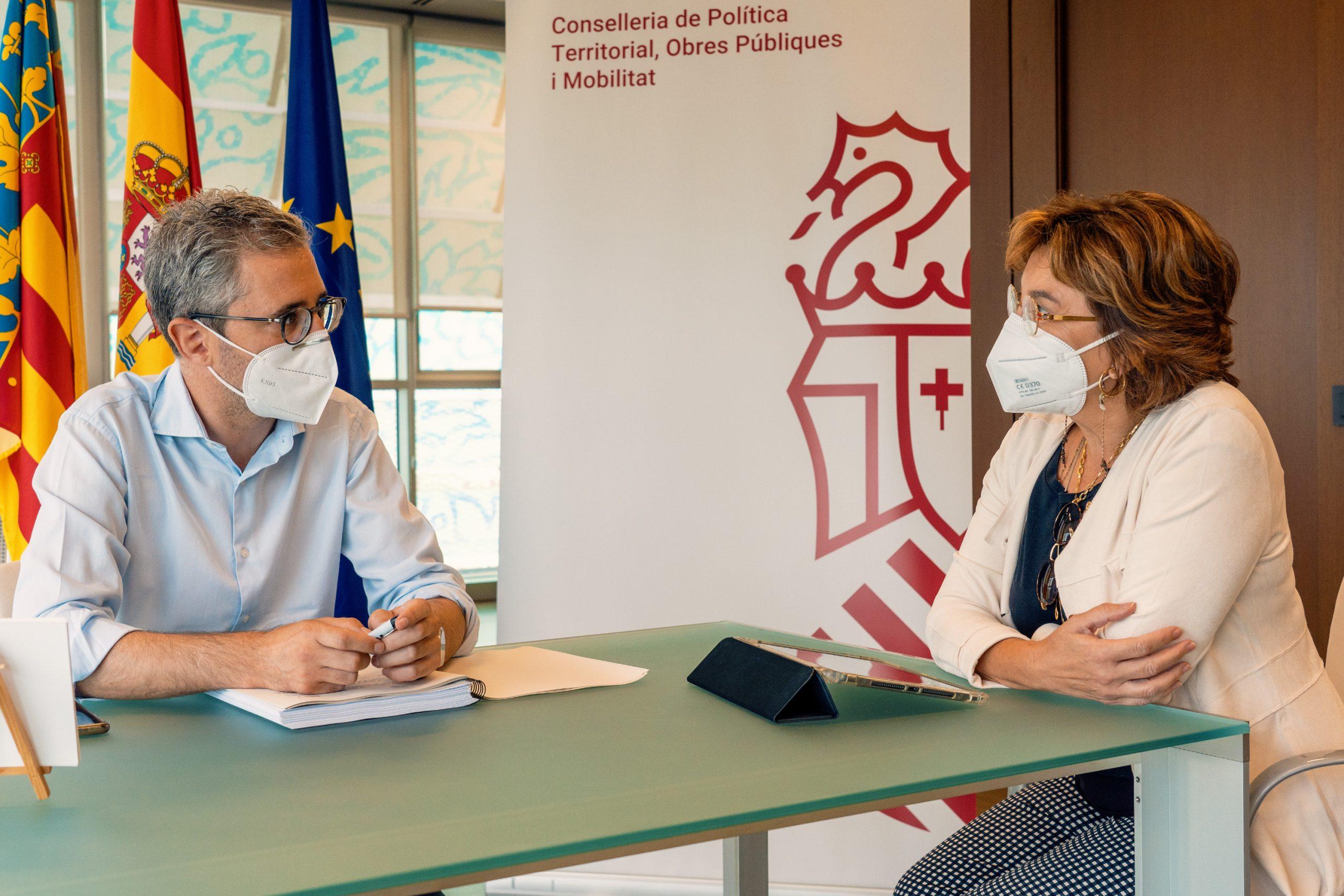 El aeropuerto de Castellón avanza en la recuperación del tráfico comercial con un aumento del 22% de los pasajeros en el periodo de verano