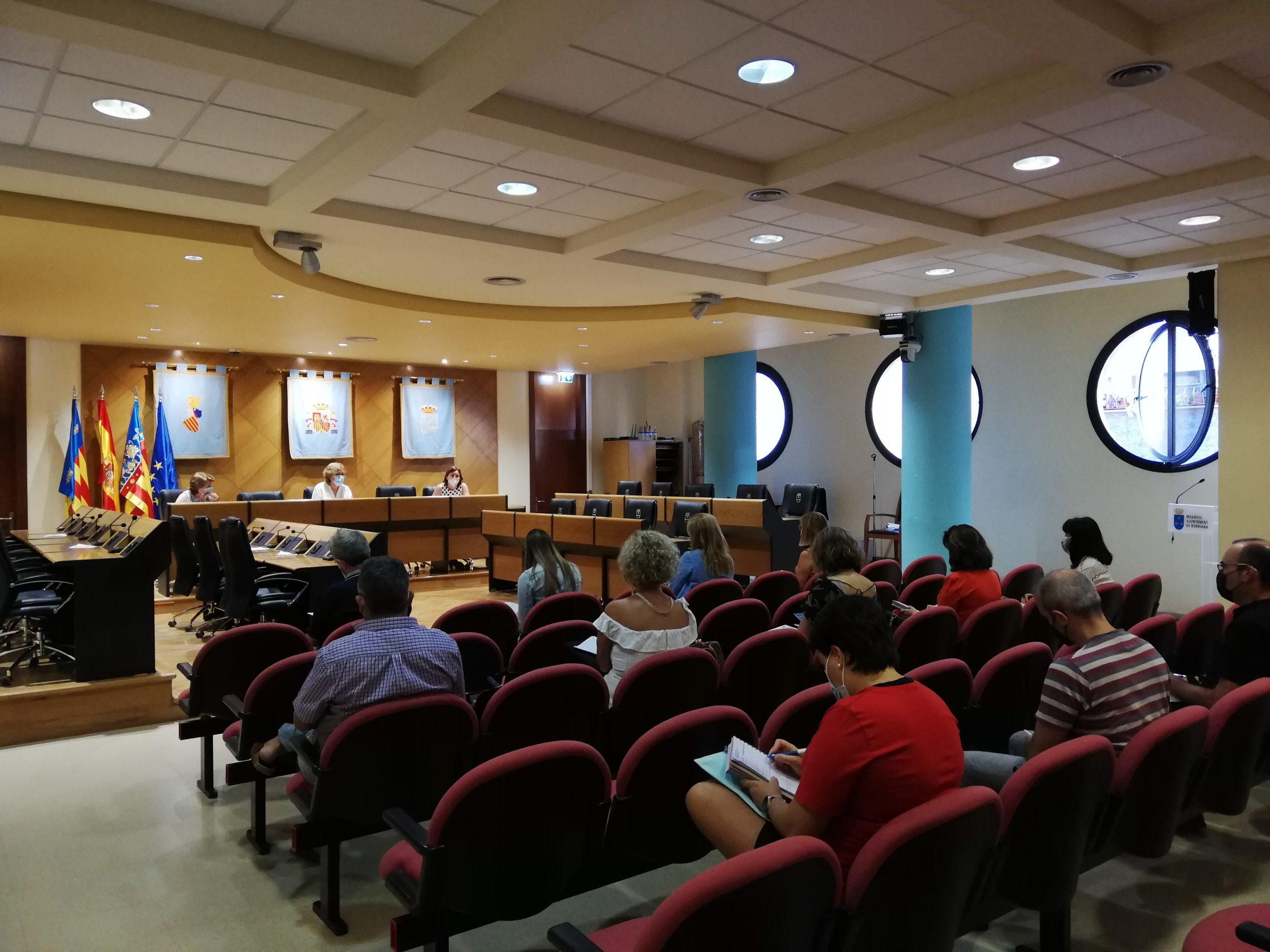 Centros educativos, pediatría y Ayuntamiento de Burriana coordinan la 'vuelta al cole'