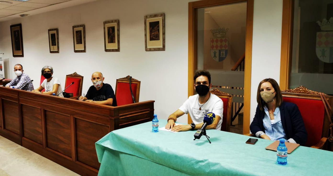 Roglà (PSPV-PSOE) critica el aumento de 500 euros mensuales del sueldo de la alcaldesa y regidor del PP en un municipio de solo 3.200 habitantes