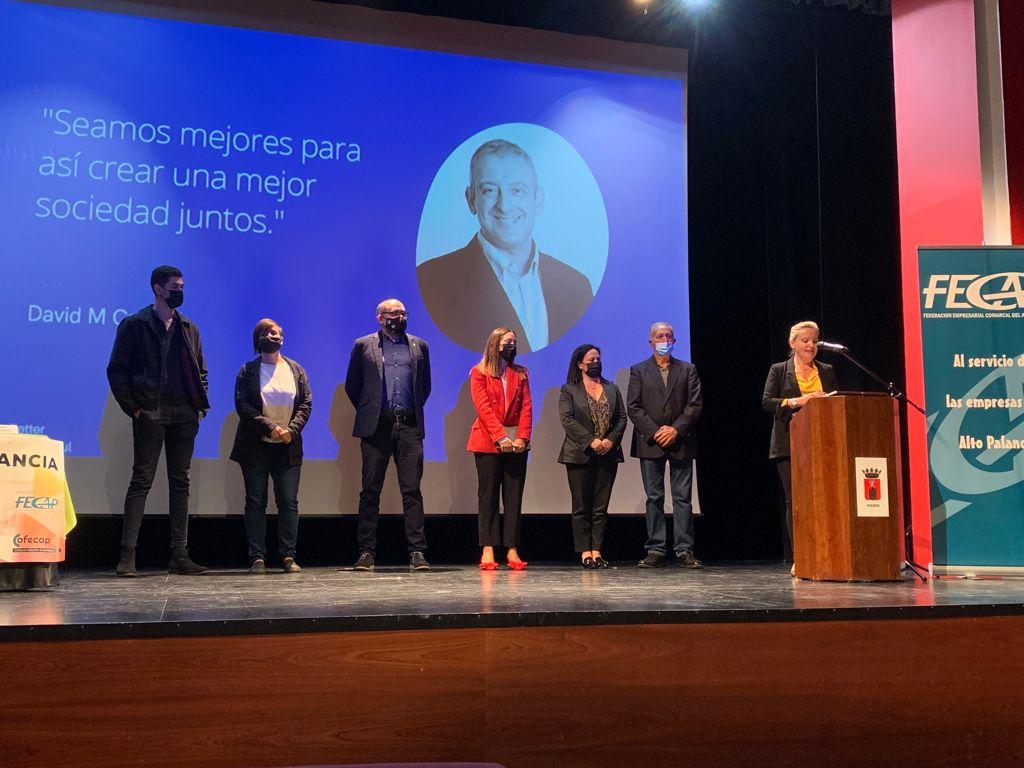El diputado de Promoción Económica entrega el premio a los ganadores del VI Concurso Alto Palancia Emprende