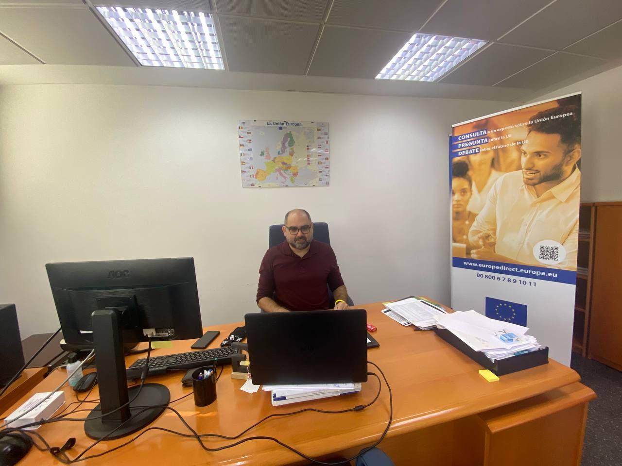 El Diputado Pau Ferrando inaugura «Partenalia»