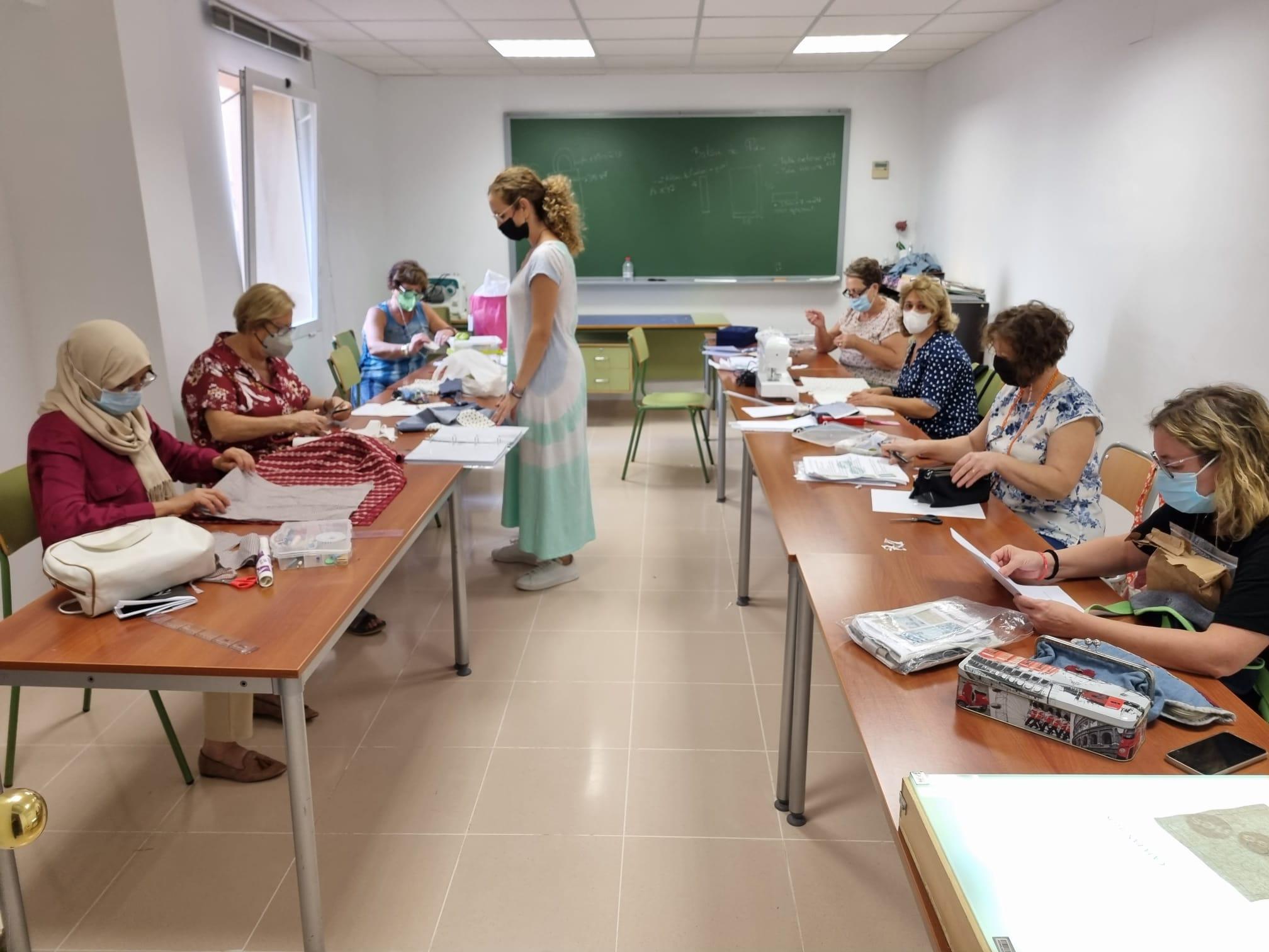 El Centre de FPA Paulo Freire de Almenara inicia el curso con más de 320 personas inscritas