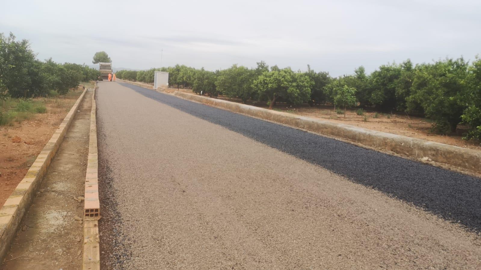 El Plan de mejora de caminos rurales de Vila-real cumple objetivos con el asfaltado de los viales Canal de la Cota 100 y Vora Riu-Madrigal