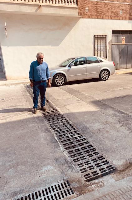 Borriana implanta la red de drenaje en la plaza dels Mariners para disminuir los efectos de las inundaciones por fuertes lluvias