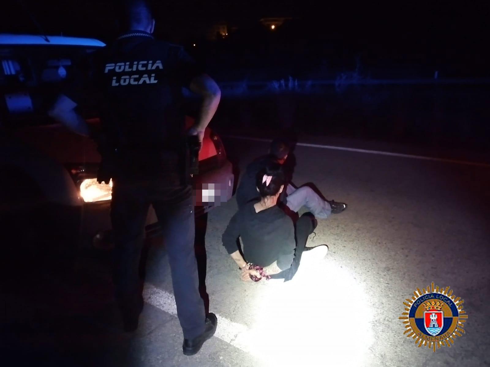 La Policía Local de Almenara detiene a dos personas tras un robo en una urbanización